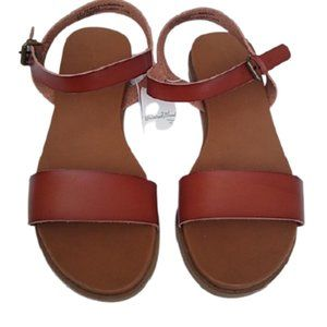 Universal Thread Cognac Nyla Sandals 11